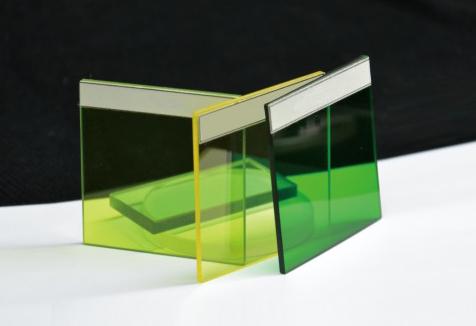 光学绿色玻璃